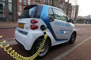 تغيير في مخطط الإعانة لسيارات الركوب الكهربائية